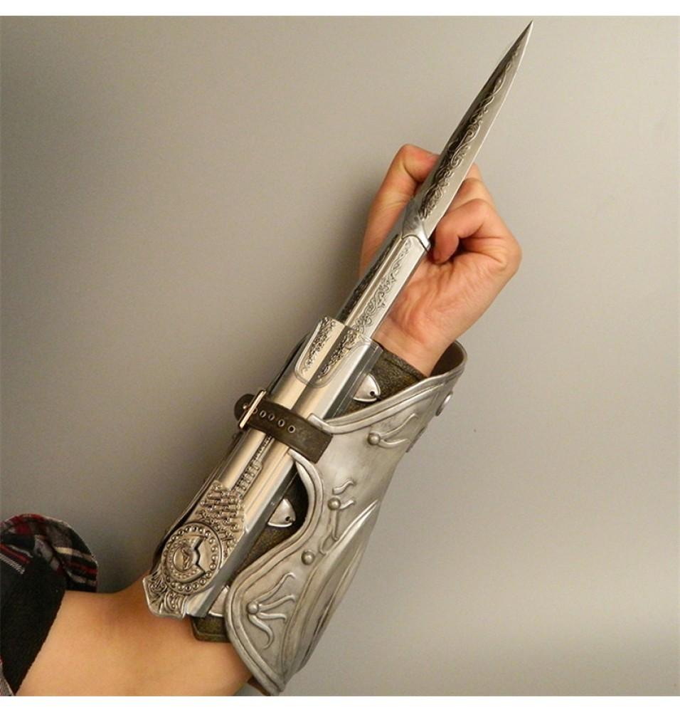 Assassin's Creed Brotherhood Ezio Hidden Blade Cosplay Props